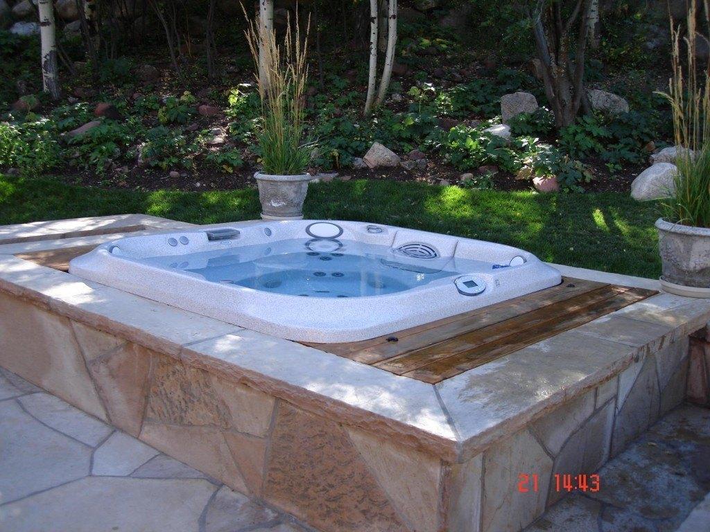 custom hot tub installation aspen